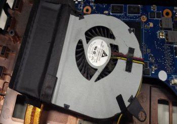 Fan voor een CPU Laptop schoon maken